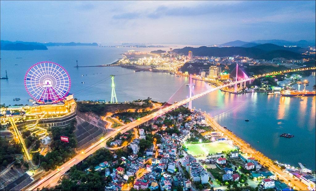 Green Diamond Hạ Long - Nơi có thể ngắm trọn vẹn ánh đèn thành phố.